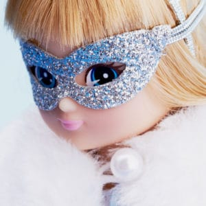 Snow Queen – Lottie Face Close Up